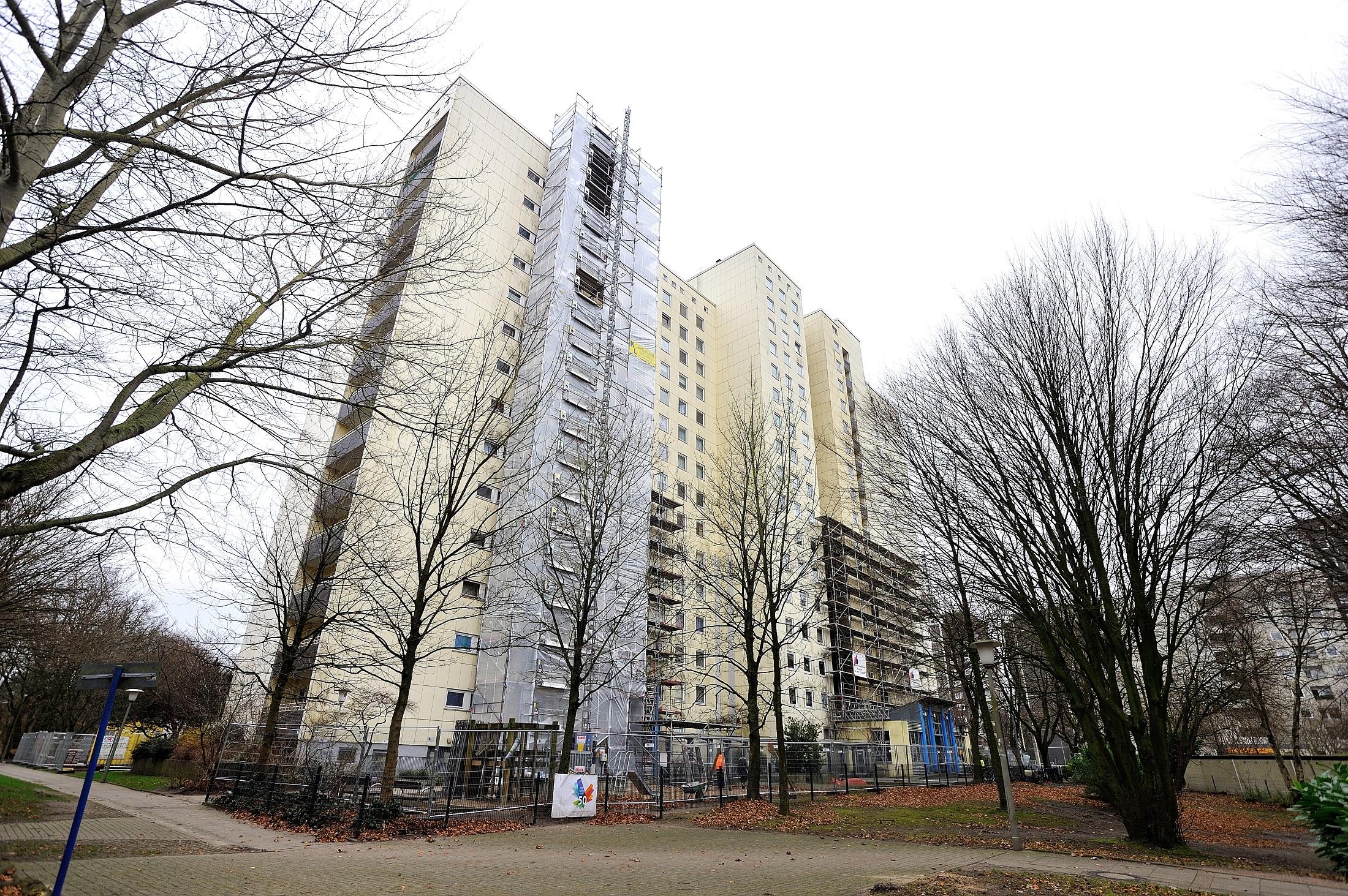 Fassadenarbeiten Hochhaus Bornheide im Jahr 2017