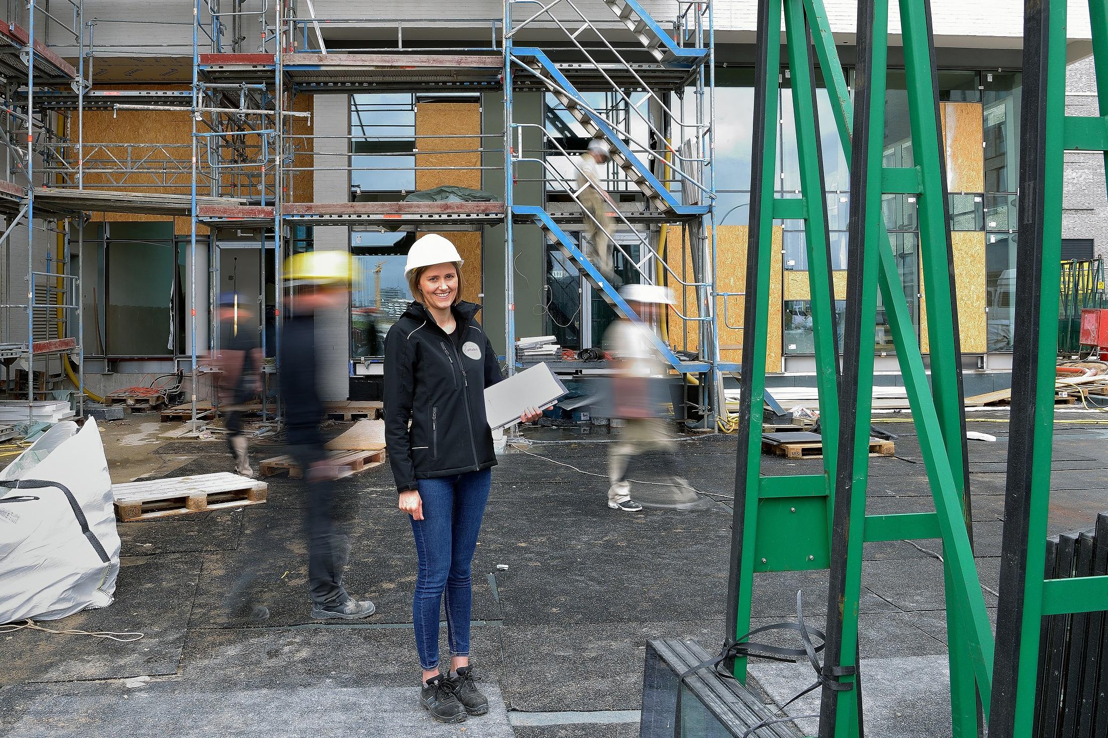 Alles in Bewegung: Blick auf die Baustelle am Baakenhafen (© Kristina Wedekind)